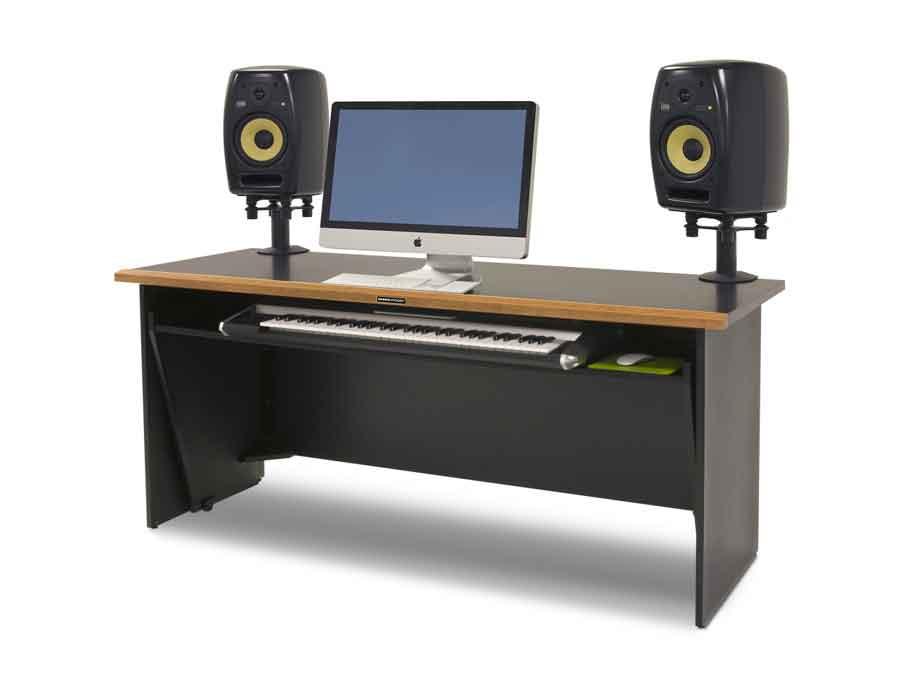 sedabardaran-studio-deskclass-c1-2